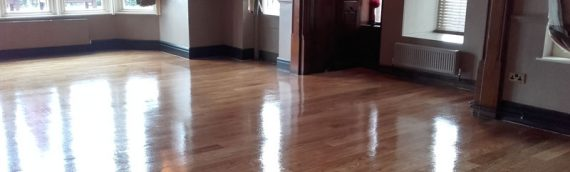 Public House Floor Restoration and Varnish